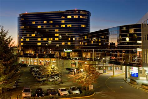 Radisson Vancouver Airport Hotel in BC   Pacific Reach