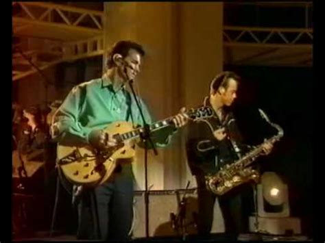 """Chris Isaak """"Baby did a bad bad thing"""" - YouTube"""